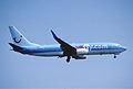 416al - Hapag-Lloyd Boeing 737-8K5, D-AHFP@ZRH,22.07.2006 - Flickr - Aero Icarus.jpg