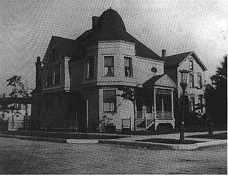 Maud Gage Baum - The Baums' house in Chicago on 68 Humboldt Boulevard, where The Wonderful Wizard of Oz was written