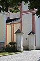 AT-17544 Kath. Pfarrkirche hl. Jakobus der Ältere mit Kirchhof und Portal 05.jpg