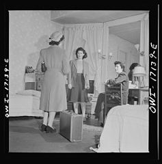 A girl employed by the U.S. government, a new arrival at a boardinghouse 8d25536v.jpg
