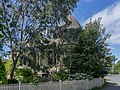 A house on the crossroads of Robert and Seaforth St, Victoria, British Columbia, Canada 03.jpg