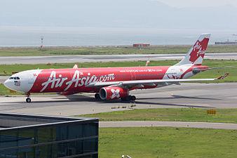 AirAsia X, A330-300, 9M-XXI (19232953548).jpg