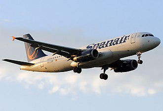 Spanair - Spanair Airbus A320-200 in a hybrid livery with old titles and new tailfin design