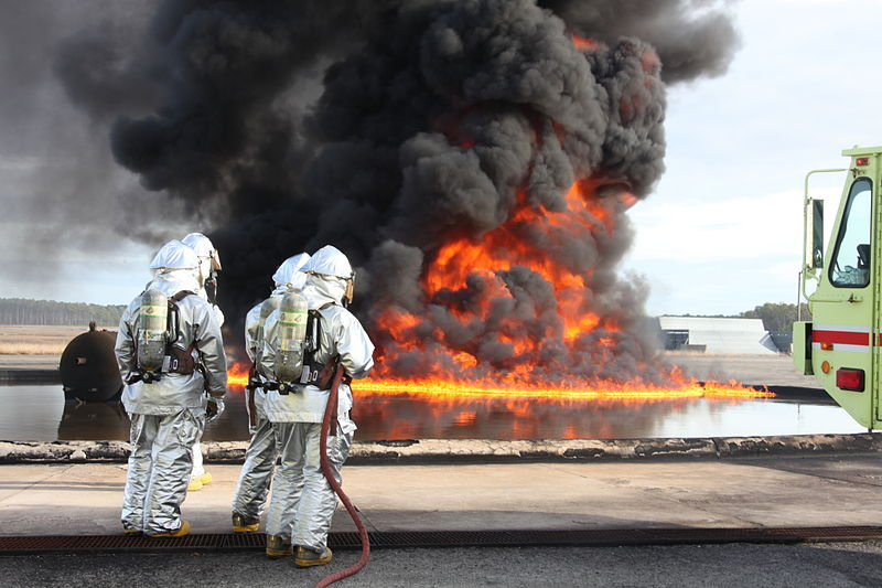 File:Aircraft rescue firefighters battle blazes, sustain skills 111207-M-EY704-549.jpg