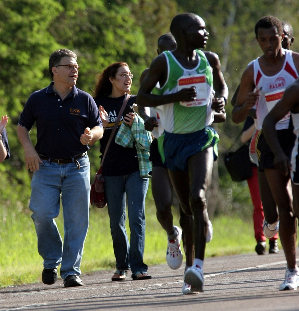 Al Franken and Wesley Ngetich Kimutai in the 2007 Grandma's Marathon