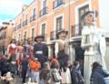 Alcalá de Henares (RPS 11-02-2018) Gigantes y cabezudos en la calle Mayor.png