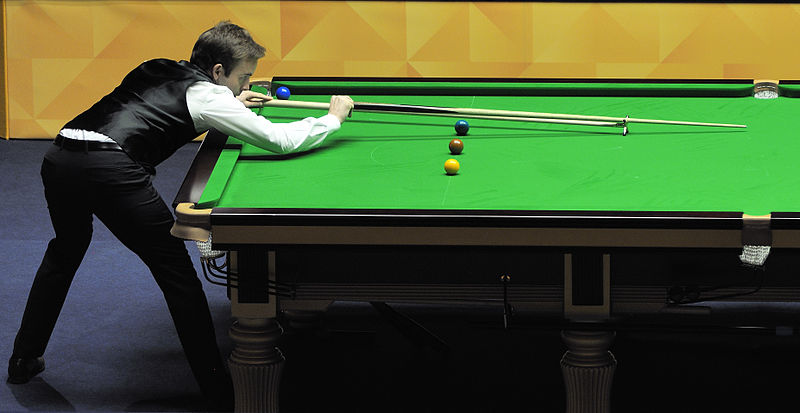 File:Ali Carter at Snooker German Masters (DerHexer) 2013-02-02 19.jpg