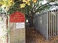 Alleyway leading to footpath junction - geograph.org.uk - 576687.jpg