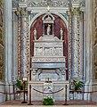Altare di San Apollonio duomo nuovo Brescia.jpg