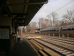 Amtrak Pennsylvanian at Merion station, December 2012.jpg