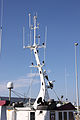 Antennes de radiocommunication marine sur un chalutier hauturier (5).JPG