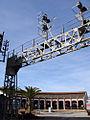 Antiguo puente de señales de la estación de Barcelona-Francia en el Museu del Ferrocarril de Catalunya.JPG