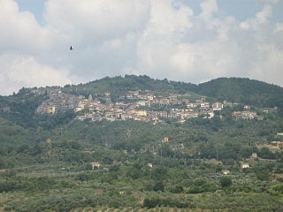 Aquara (panoramic view).jpg