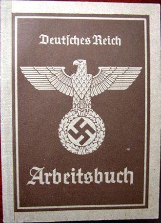 Employment record book - Image: Arbeitsbuch (1935)