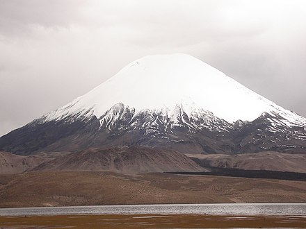 Parinacota with a snowcap Arica033.jpg