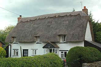 "Arncott - ""Miropa"", a 17th- or 18th-century thatched cottage in Green Lane, Upper Arncott"