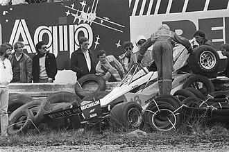 1982 Dutch Grand Prix - René Arnoux suffered an massive accident at Tarzan corner.