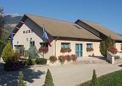 Bâtie-Neuve-mairie22.JPG