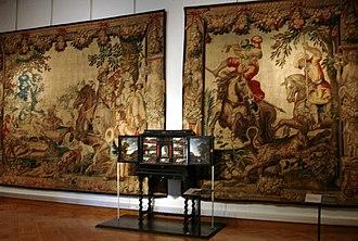 Cinquantenaire Museum - Image: Barokzaal met wandtapijten