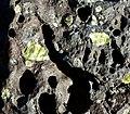 Basalt with Olivine (23973796062).jpg