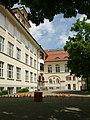 Belruptstraße 37 Hauptschule 6.JPG