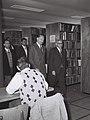 Benjamin Mazar - Dag Hammarskjold 1959.jpg