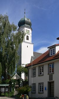 Bergatreute Pfarrkirche außen.jpg