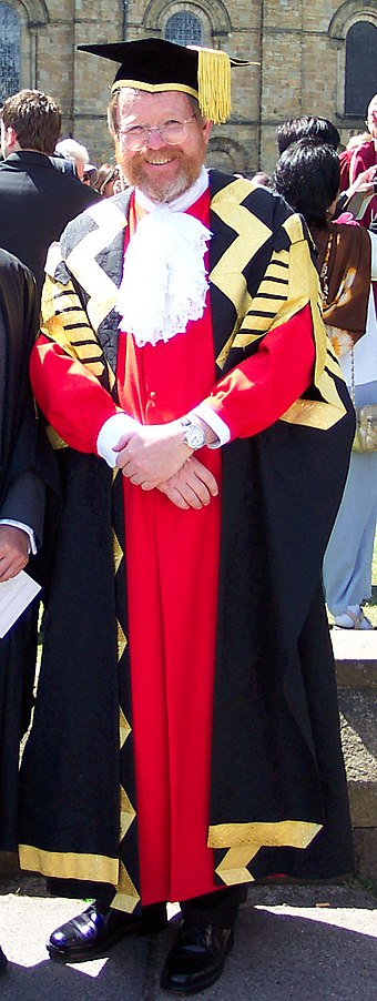 Bill Bryson (Chancellor 2005-2012) in the academic dress of Chancellor of Durham University Bill Bryson Chancellor.JPG