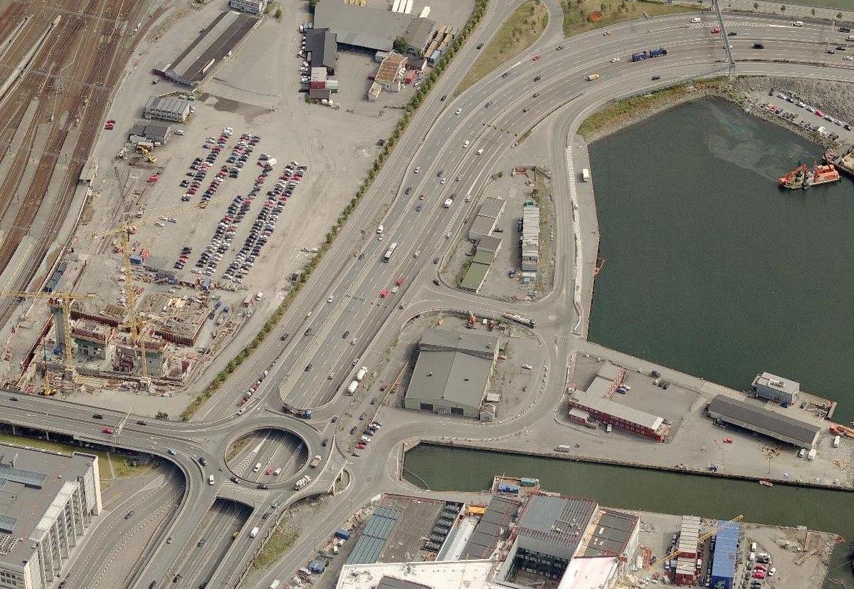 Bispelokket var en toplans trafikkmaskin i Bjørvika i Oslo. Foto: Andreasr24 / Wikimedia Commons, CC BY-SA 3.0