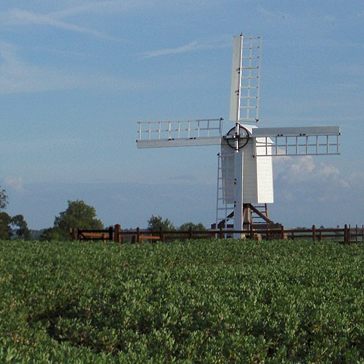 Bloxham Grove post mill - geograph.org.uk - 451294