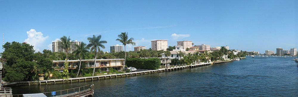Panoramic view of a portion of the Intracoastal Waterway in downtown Boca Raton