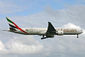 Boeing 777 air emirates.jpg