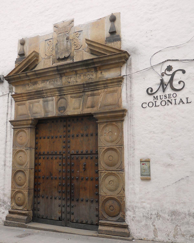 Museo de arte colonial de bogot wikipedia la for Direccion ministerio del interior bogota