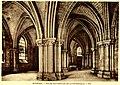 Bourges eglise souterraine de la cathedrale.jpg