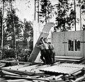 Bouw houten huis in Finland (2948562271).jpg
