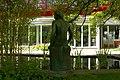 Bronzeplastik Frauenfigur am Wasser (Johanna Keller 1952) 11.jpg