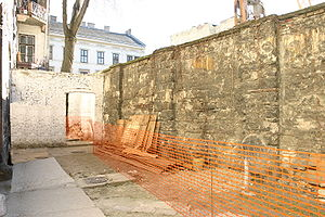 Budapest Ghetto - Walls of the ghetto, last section demolished in 2006