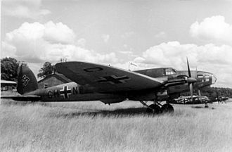 Heinkel He 111 - An He 111E in Luftwaffe service, 1940. The early variants had a conventional, stepped cockpit.
