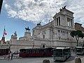 Buses at Piazza Venezia.jpeg