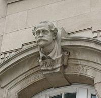 Buste Alexander Rüdell Gare Luxembourg.jpg