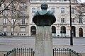 Buste général Artigas, place de l'Uruguay, Paris 16e 1.jpg