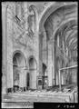 CH-NB - Romainmôtier, Abbatiale, Nef, vue partielle intérieure - Collection Max van Berchem - EAD-7499.tif