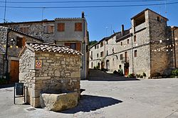 Carrer Major de Llorac - 2.jpg