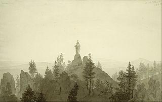 statue de la Vierge dans les montagnes