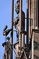 Cathédrale de Strasbourg, façade, personnage et cigogne.jpg