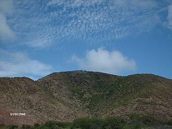 Cerro en Bahia de Plata