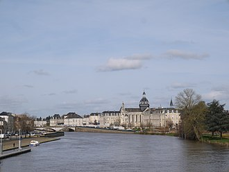 Château-Gontier - Château-Gontier seen from the Europe Bridge