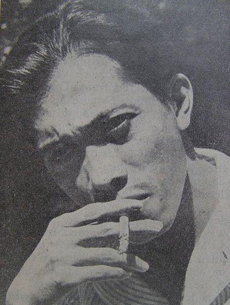 Berkas:Chairil Anwar.jpg