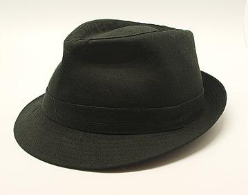 Chapeau noir.jpg