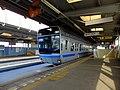 Chiba-monorail-2-Sakuragi-station-platform2.JPG
